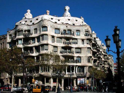 Antoni Gaudi Casa Mila